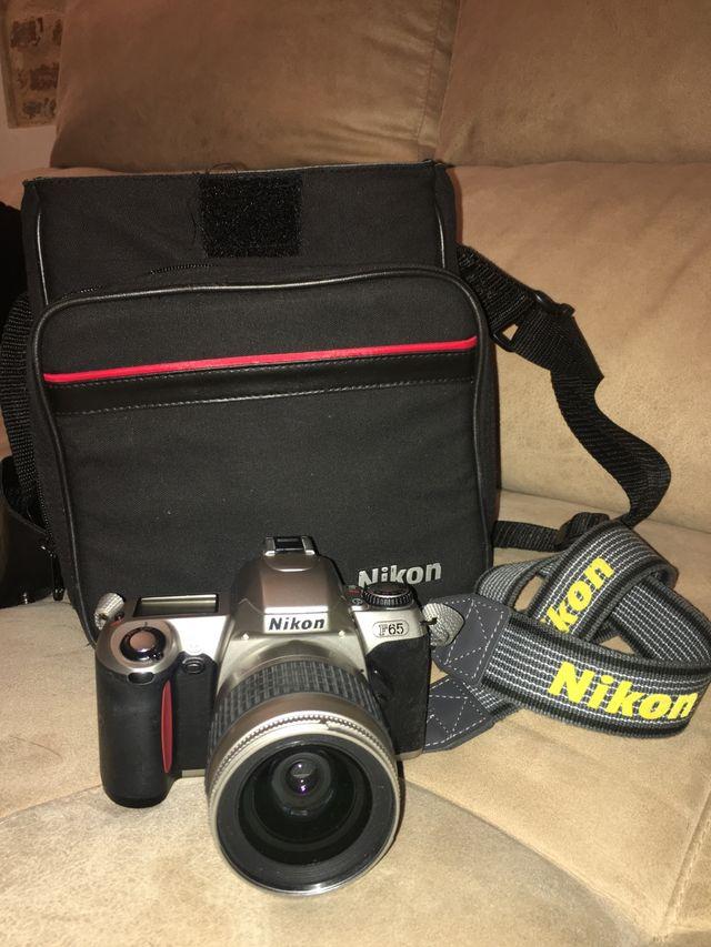 Cámara réflex analógica Nikon
