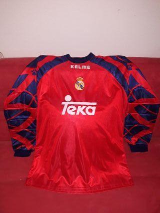 camiseta de futbol del Real Madrid.