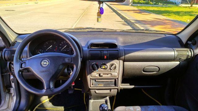 Opel Corsa 1.7 D 65 CV