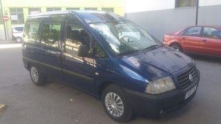 8 plazas Fiat Scudo 2006
