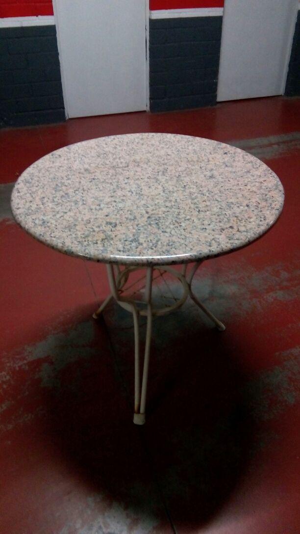 Mesa redonda de granito para exterior de segunda mano por - Mesa redonda exterior ...