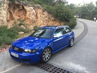 Audi RS4 bi-turbo 501 cv