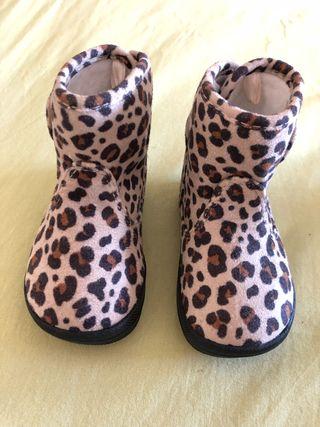 Zapatos botas nuevas HyM