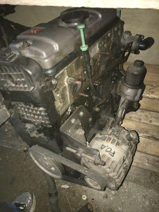 Motor saxo 8v 100cv