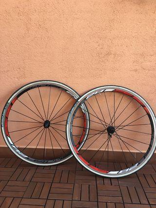 Llanta bicicleta carretera