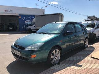 Ford Focus 1999 1.6 gasolina MUY BAJO CONSUMO