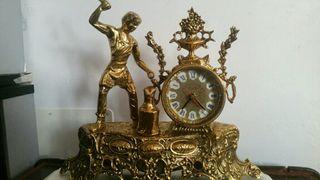 reloj de puro bronce