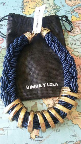 """Collar de """"Bimba y Lola""""."""