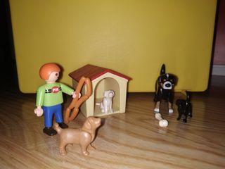 caseta perros Playmobil