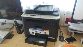 Impresora laser color multifunción