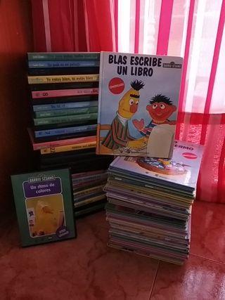 libros y DVD barrio sesamo