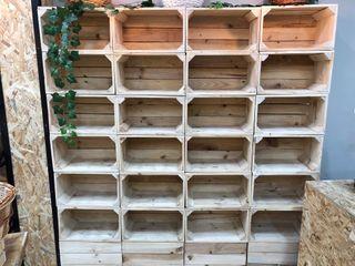 Caja de madera estanter a de segunda mano por 19 en - Garajes de madera de segunda mano ...