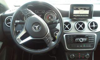 Mercedes-Benz Clase CLA 220 URBAN CDI 170CV