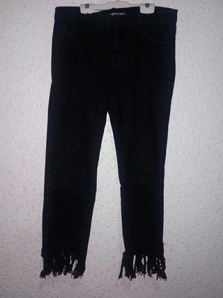 Si comprais el pantalon largo regalamos el verde