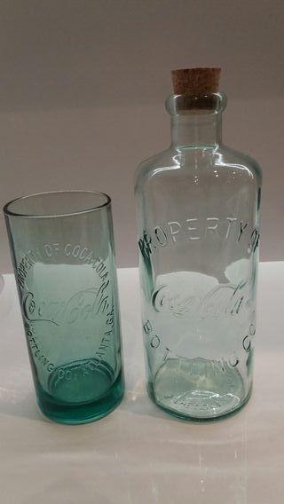 Coca Cola. Botella y vaso
