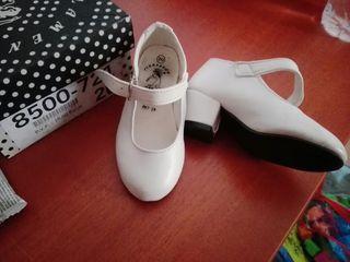 Zapatos de gitana número 20