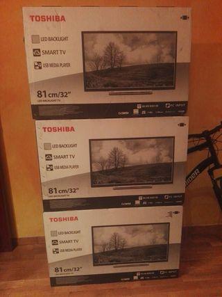 3 LED Thosiba Smart TV 32