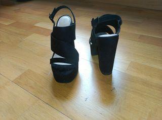 Zapatos/ Sandalia de tacón Zara