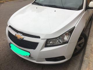 Chevrolet Cruze 2011 automático. Cambio por 4x4