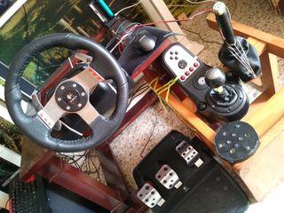 Volante y pedales + shifter LOGITECH G27