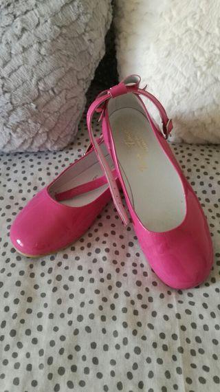 Zapatos charol niña 31. NUEVOS