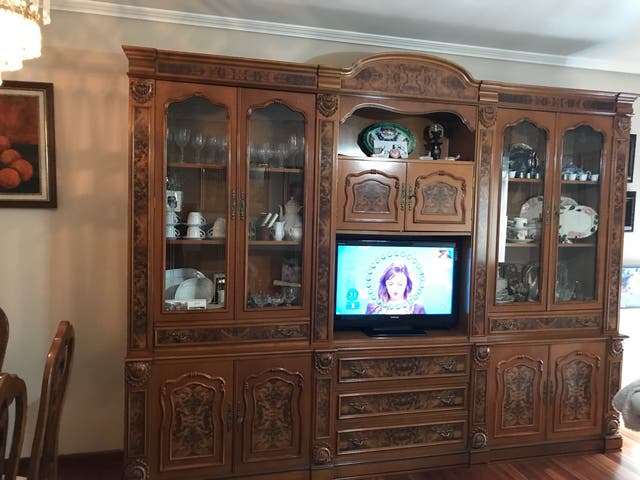 Mueble salon clasico ofertas coherentes de segunda mano en - Muebles de salon clasico ...