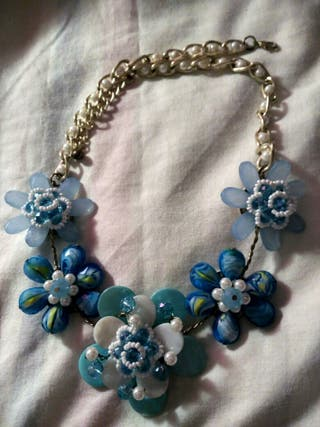 Collar flores Azul