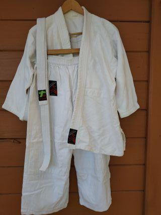 Quimono de Judo reforzado marca FUJI