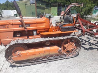 tractor Fiat 605