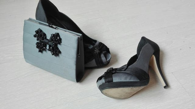 8138af8b Conjunto Zapatos y Bolso fiesta de segunda mano por 35 € en Los ...