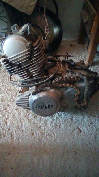 vendo motor de yamaha 250cc