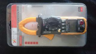 Pinza amperimétrica nueva
