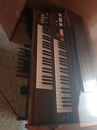órgano piano