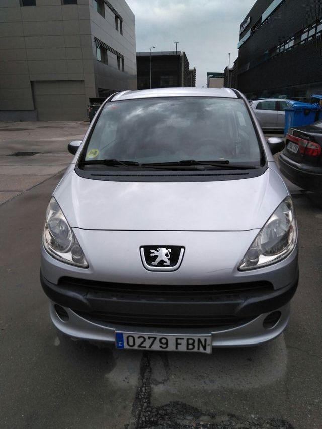 Peugeot 1007 2006