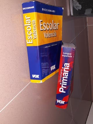 Diccionario castellano y valenciano
