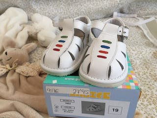 8e73e6ce23d Zapatos bebé de segunda mano en Boadilla del Monte en WALLAPOP