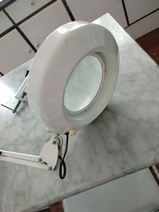 lámpara flexo lupa