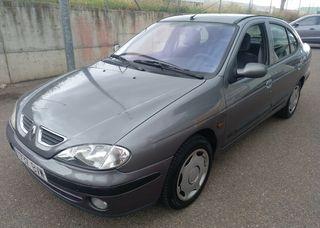 Renault Megane 1.9 DTI diesel, garantía.