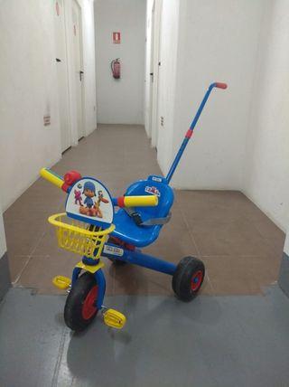 triciclo con arnes