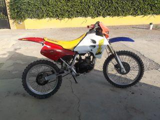 suzuki motocross (sin papeles)