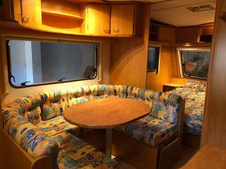 Caravana Caravelair 490 Luxe con mover