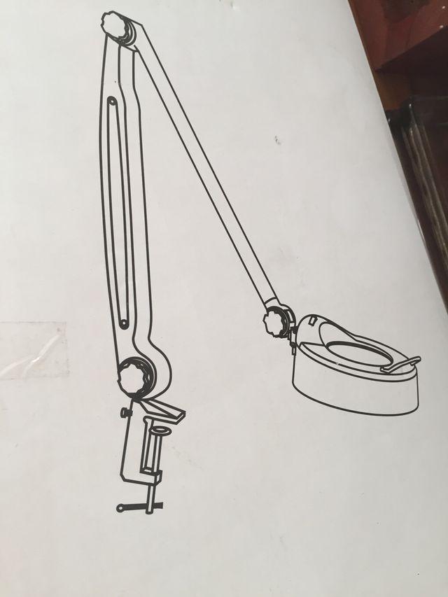 Lampara flexo con lupa