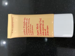 pure melt cleansing gel clarins