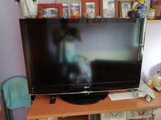 televisión LG 42 pulgadas en perfecto estado