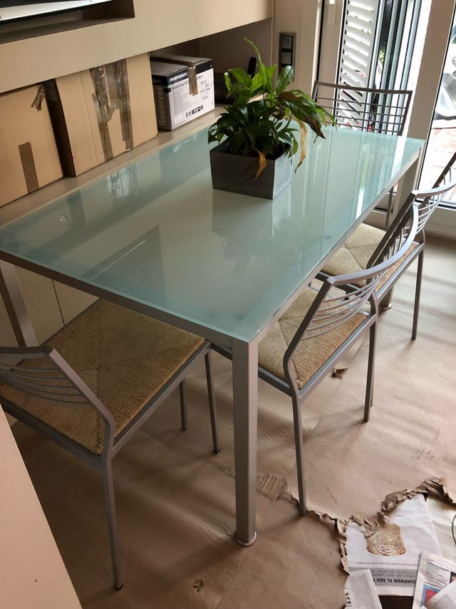 Mesa cocina cristal de segunda mano por 130 € en Esplugues de ...