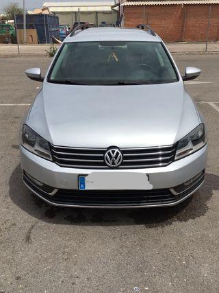 Volkswagen Passat 2013 PERFECTO ESTADO MEJOR VER