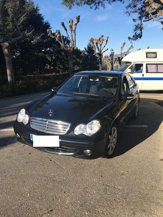 Mercedes-Benz Clase C 220 2007 150 CV Automatico