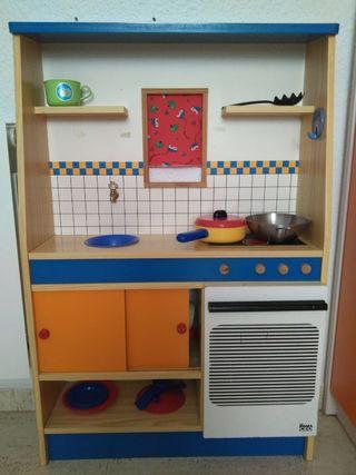 Cocinita de madera de segunda mano en wallapop for Cocinitas de juguete segunda mano