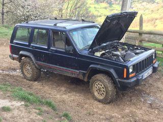 Jeep cheroke 2.5 turbo diesel