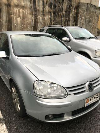 Volkswagen V 2003 Tdi 140 cv 2.0 Gris